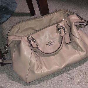 barely used nude coach purse